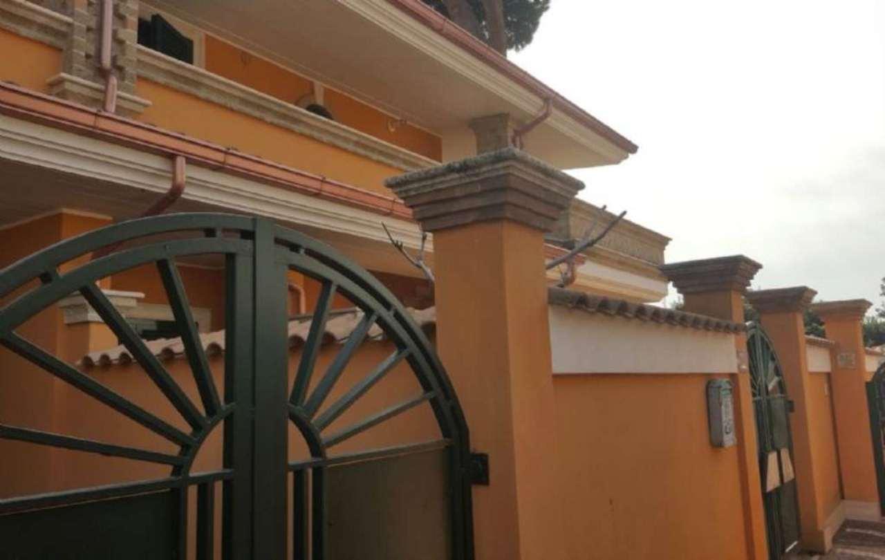 Bilocale Pomezia Via Melfa 2