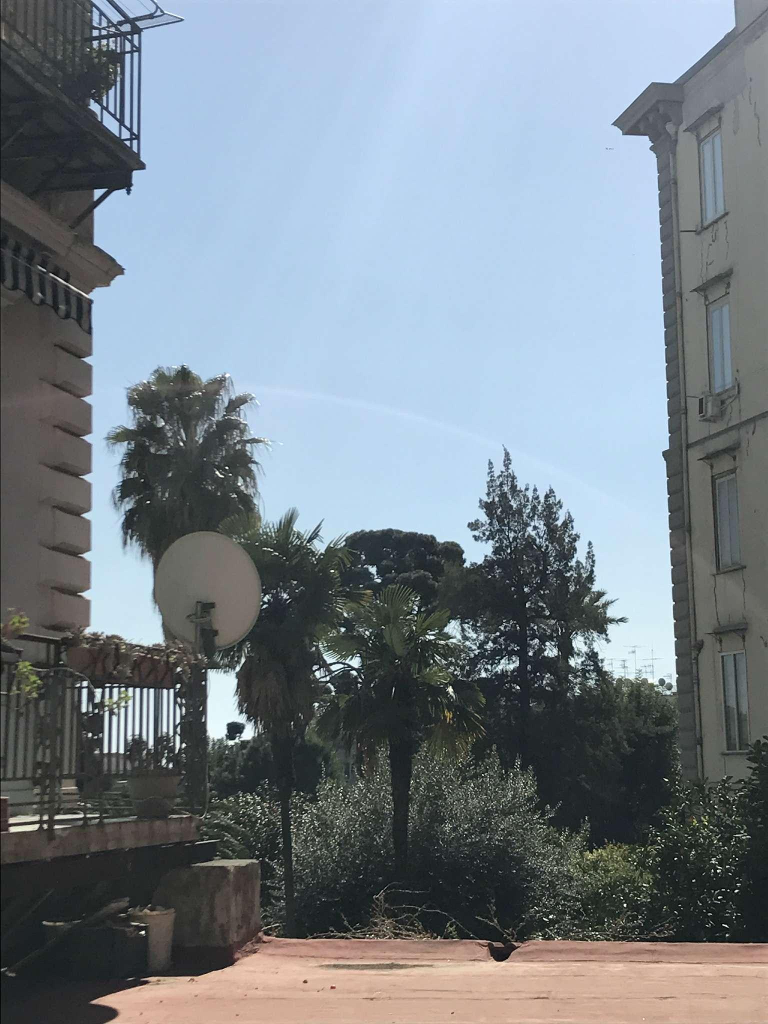 Appartamento in vendita 3 vani 70 mq.  Corso Vittorio Emanuele Napoli