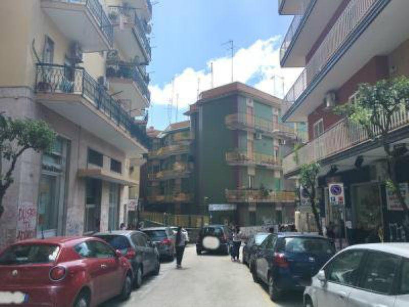 Magazzino in Vendita a Portici