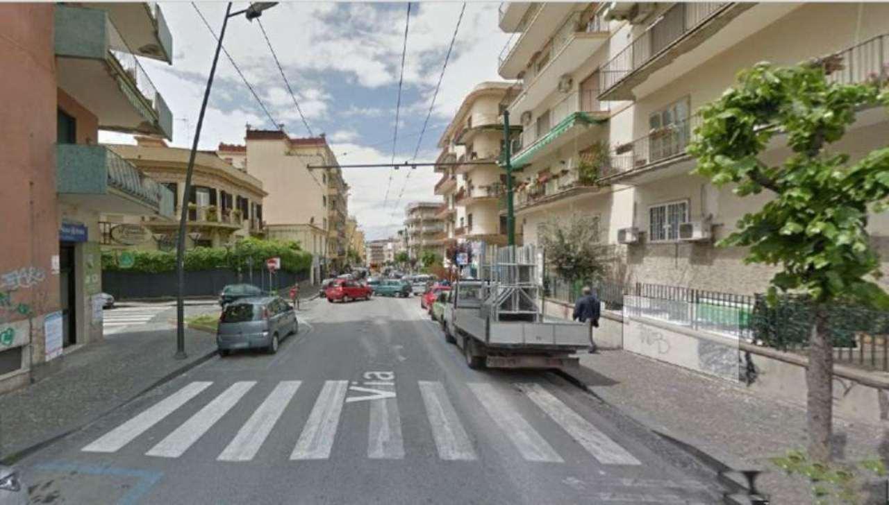 Appartamento in affitto a Portici, 5 locali, prezzo € 900 | Cambio Casa.it