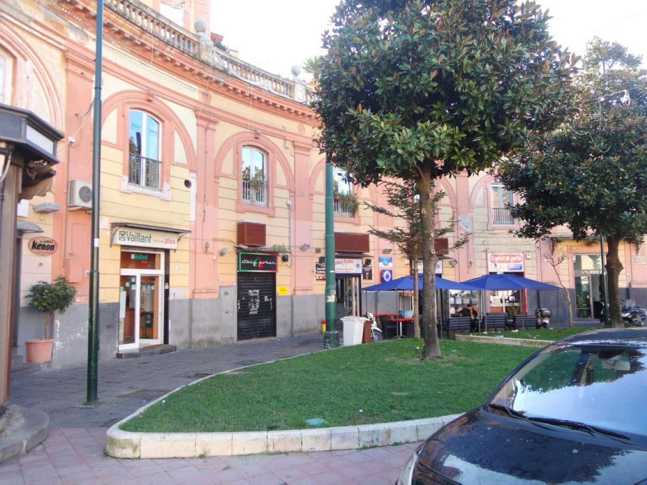 Negozio / Locale in affitto a Portici, 3 locali, prezzo € 1.400 | Cambio Casa.it