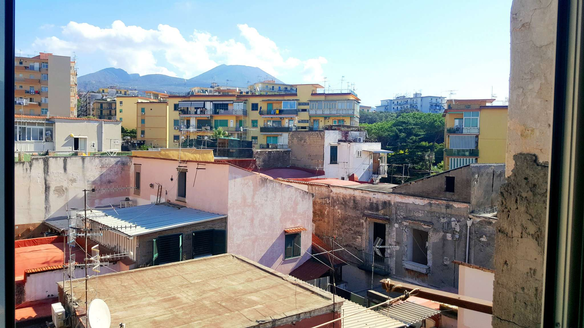 Appartamento in vendita a Ercolano, 2 locali, prezzo € 75.000 | CambioCasa.it