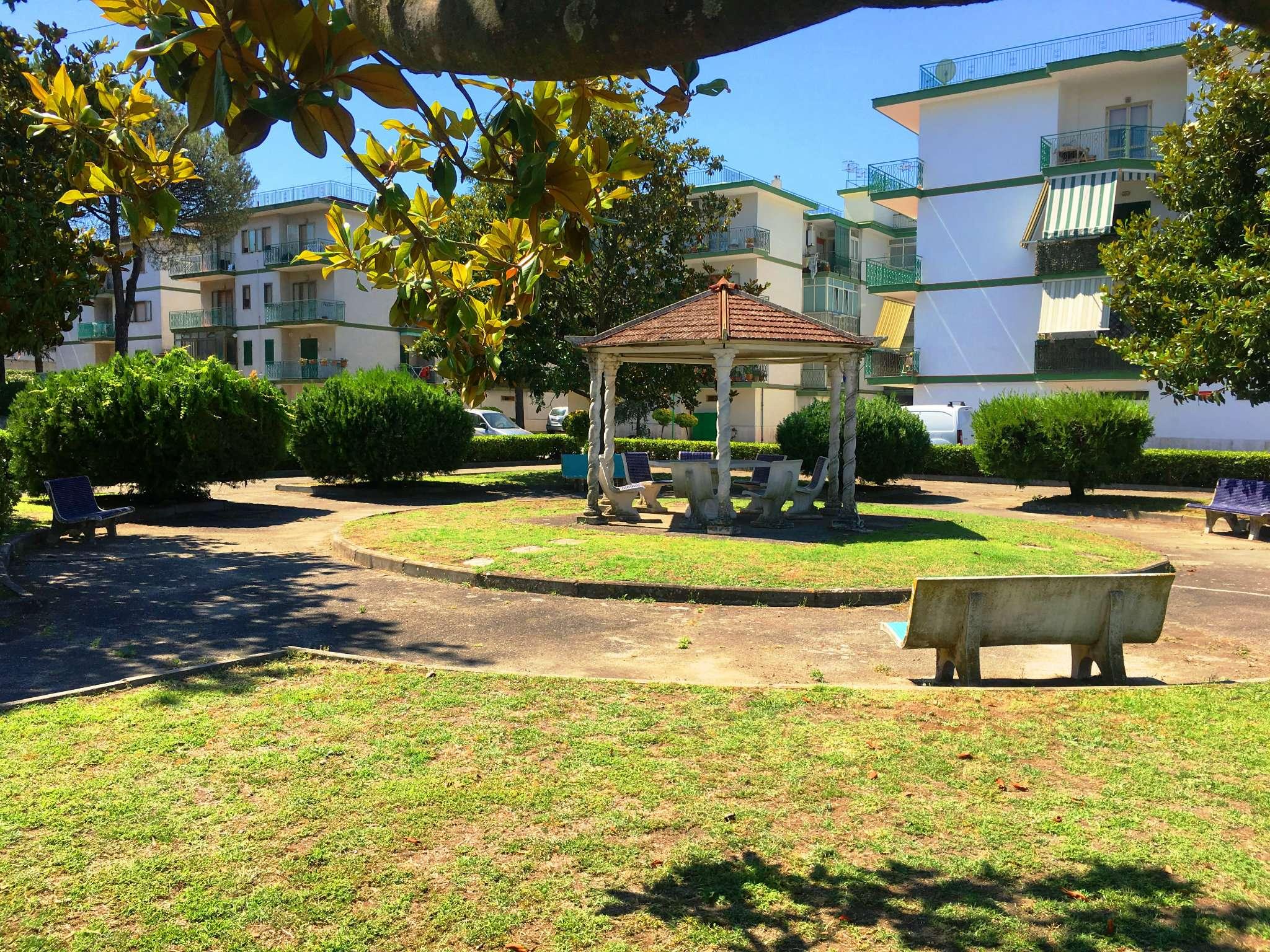 Appartamento in vendita a Ercolano, 5 locali, prezzo € 225.000 | CambioCasa.it
