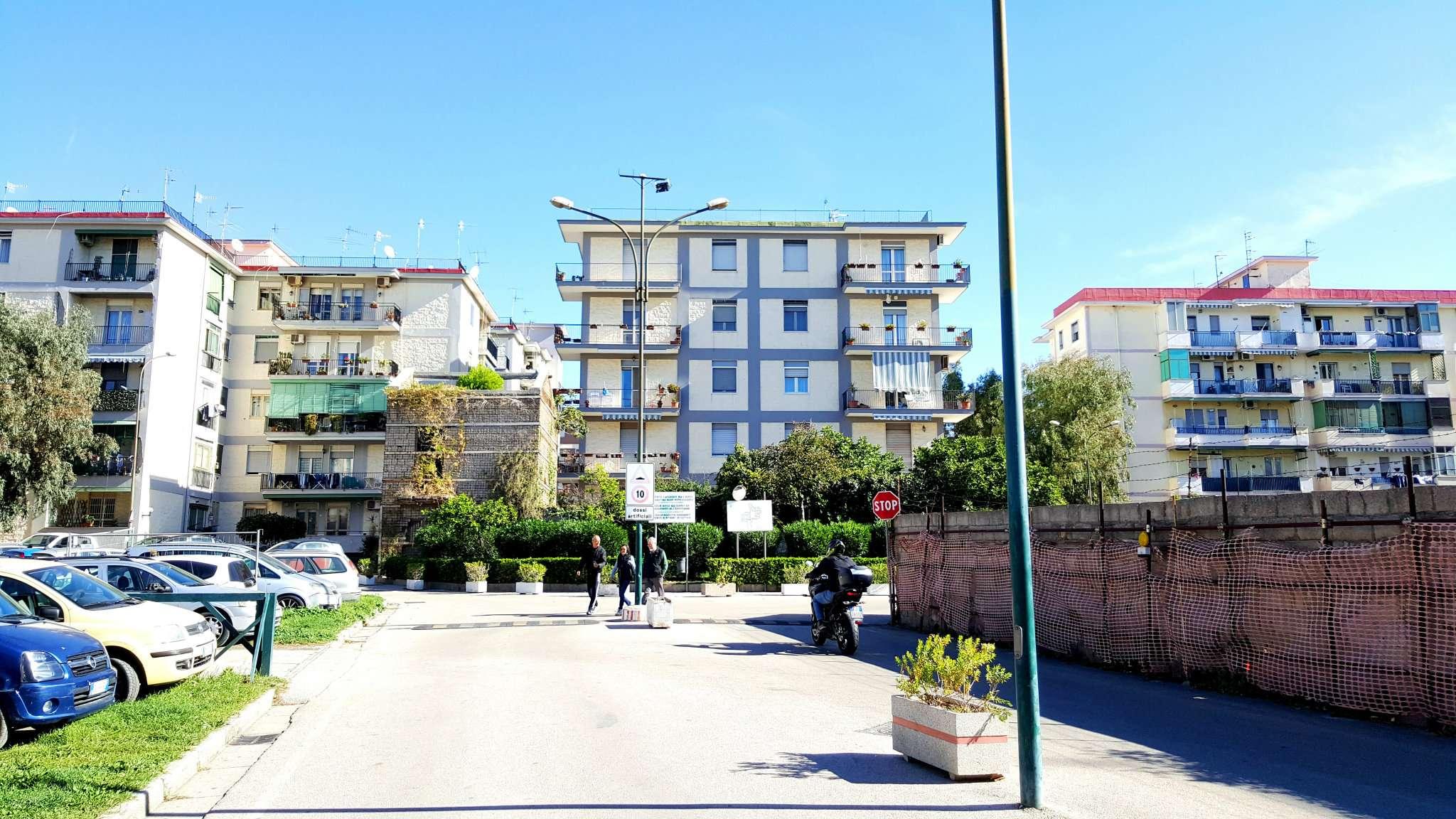 Appartamento in affitto a Portici, 3 locali, prezzo € 640 | CambioCasa.it