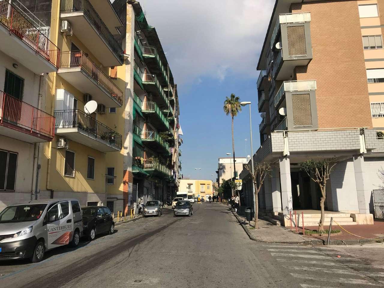 Negozio / Locale in Affitto a San Giorgio a Cremano