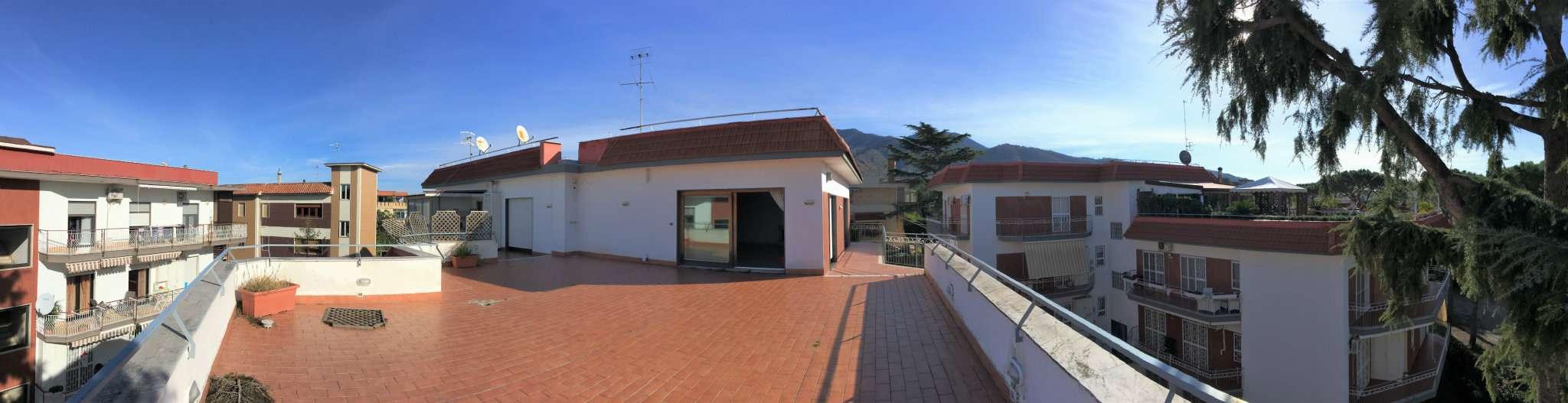 Attico / Mansarda in Vendita a San Sebastiano al Vesuvio