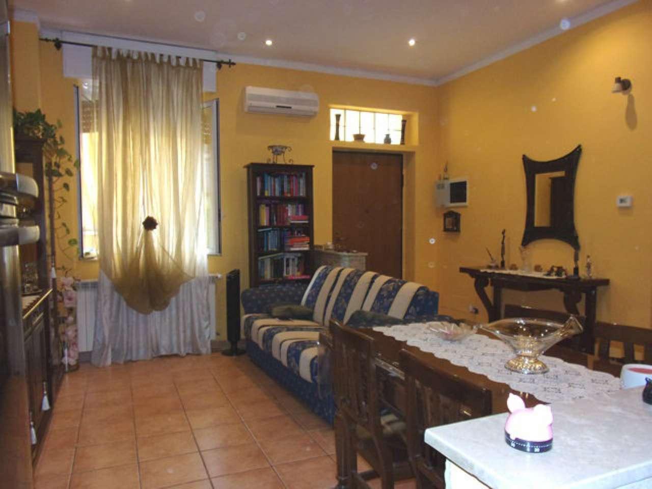 Soluzione Indipendente in vendita a Seregno, 3 locali, prezzo € 129.000 | CambioCasa.it