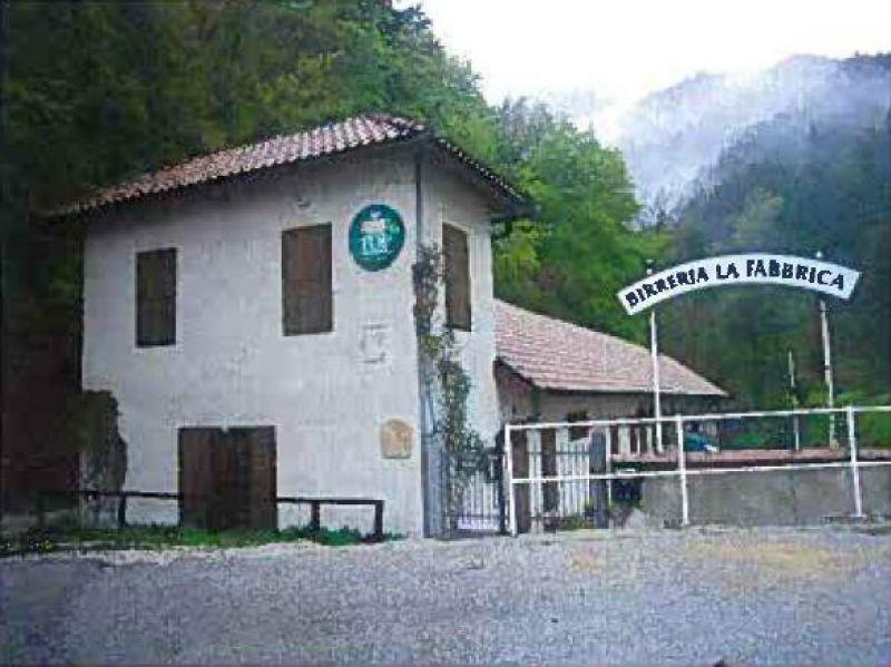 Negozio / Locale in vendita a Terres, 1 locali, prezzo € 196.000 | Cambio Casa.it