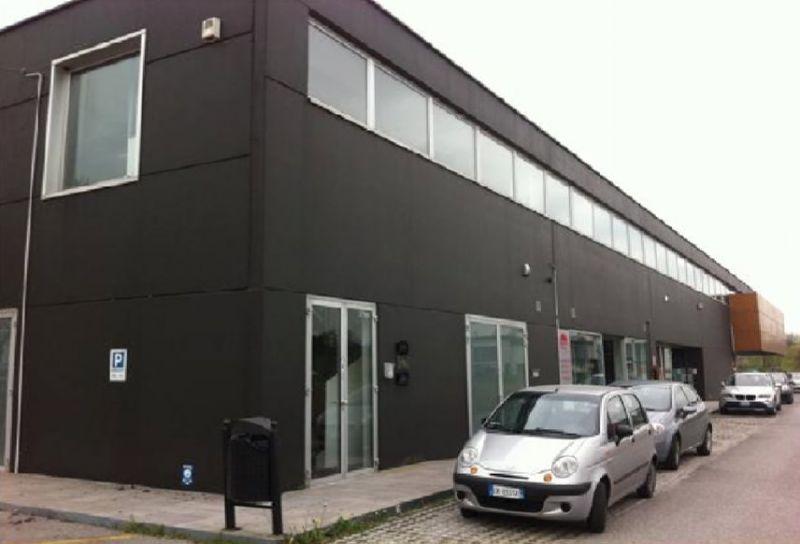 Laboratorio in vendita a Tricesimo, 3 locali, prezzo € 430.000 | Cambio Casa.it