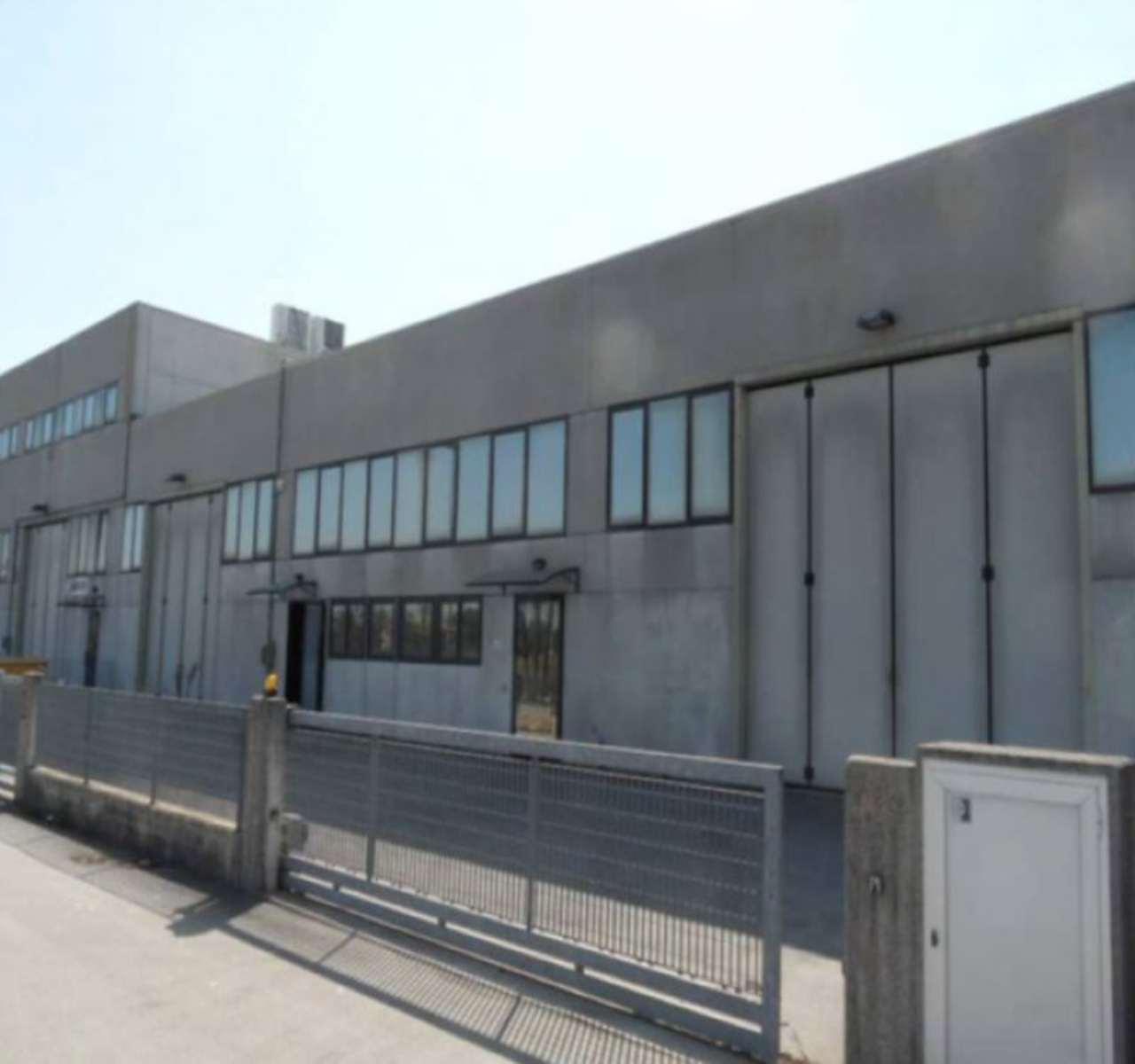 Capannone in vendita a Santa Maria di Sala, 6 locali, prezzo € 470.000 | Cambio Casa.it