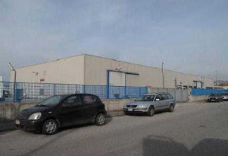 Capannone in vendita a Muggia, 4 locali, prezzo € 380.000 | Cambio Casa.it