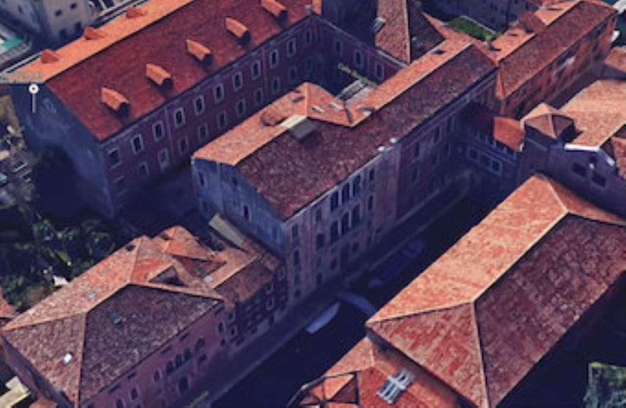 Palazzo / Stabile in vendita a Venezia, 5 locali, zona Zona: 2 . Santa Croce, prezzo € 6.500.000 | Cambio Casa.it
