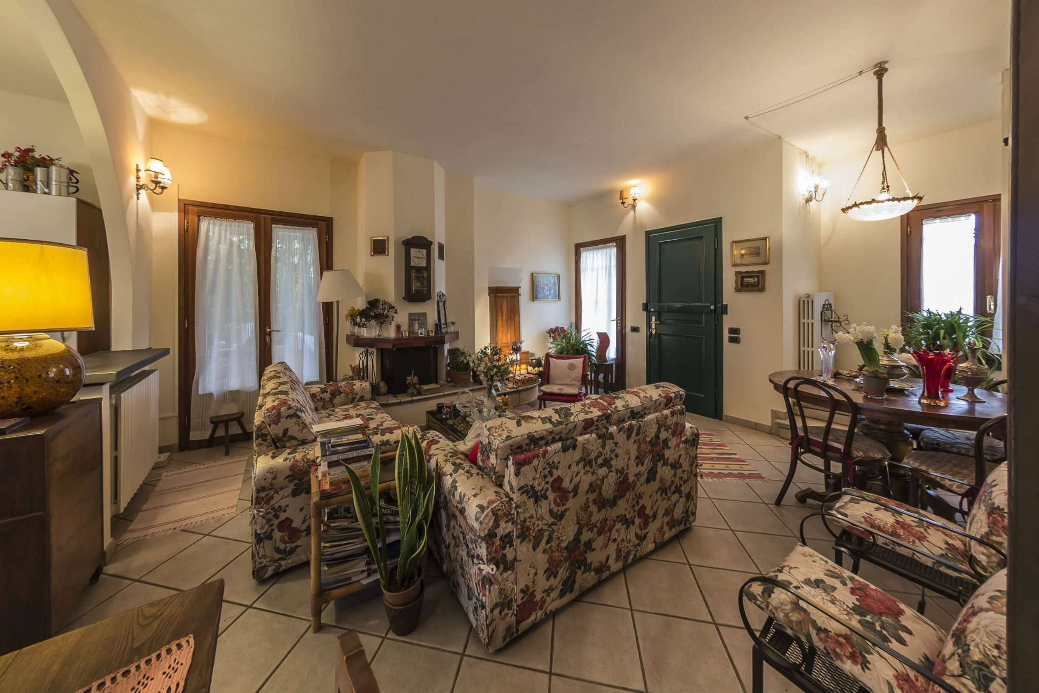 Villa in vendita a Montelupo Fiorentino, 8 locali, prezzo € 370.000 | CambioCasa.it