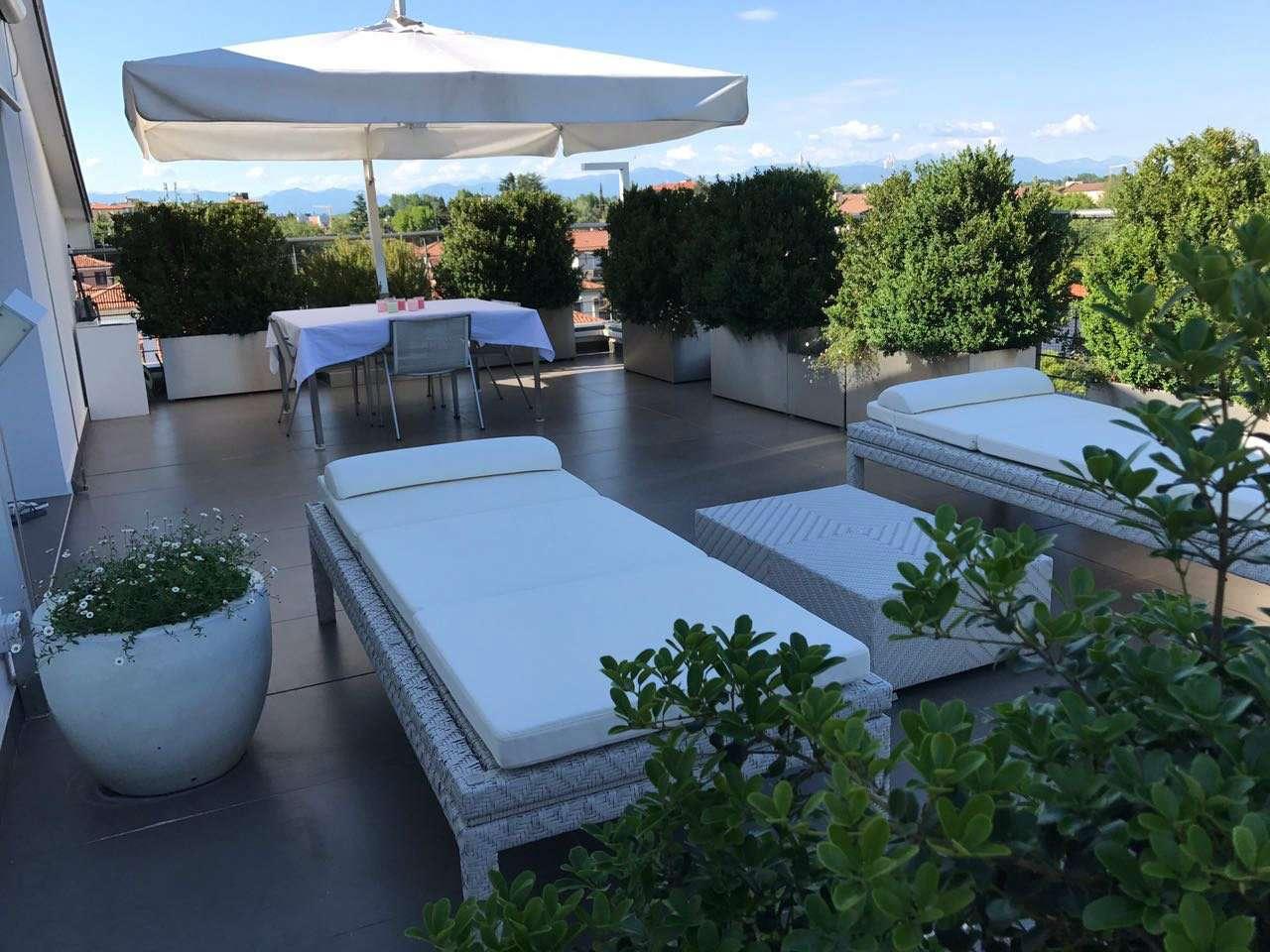 Attico / Mansarda in vendita a Treviso, 4 locali, prezzo € 930.000 | CambioCasa.it