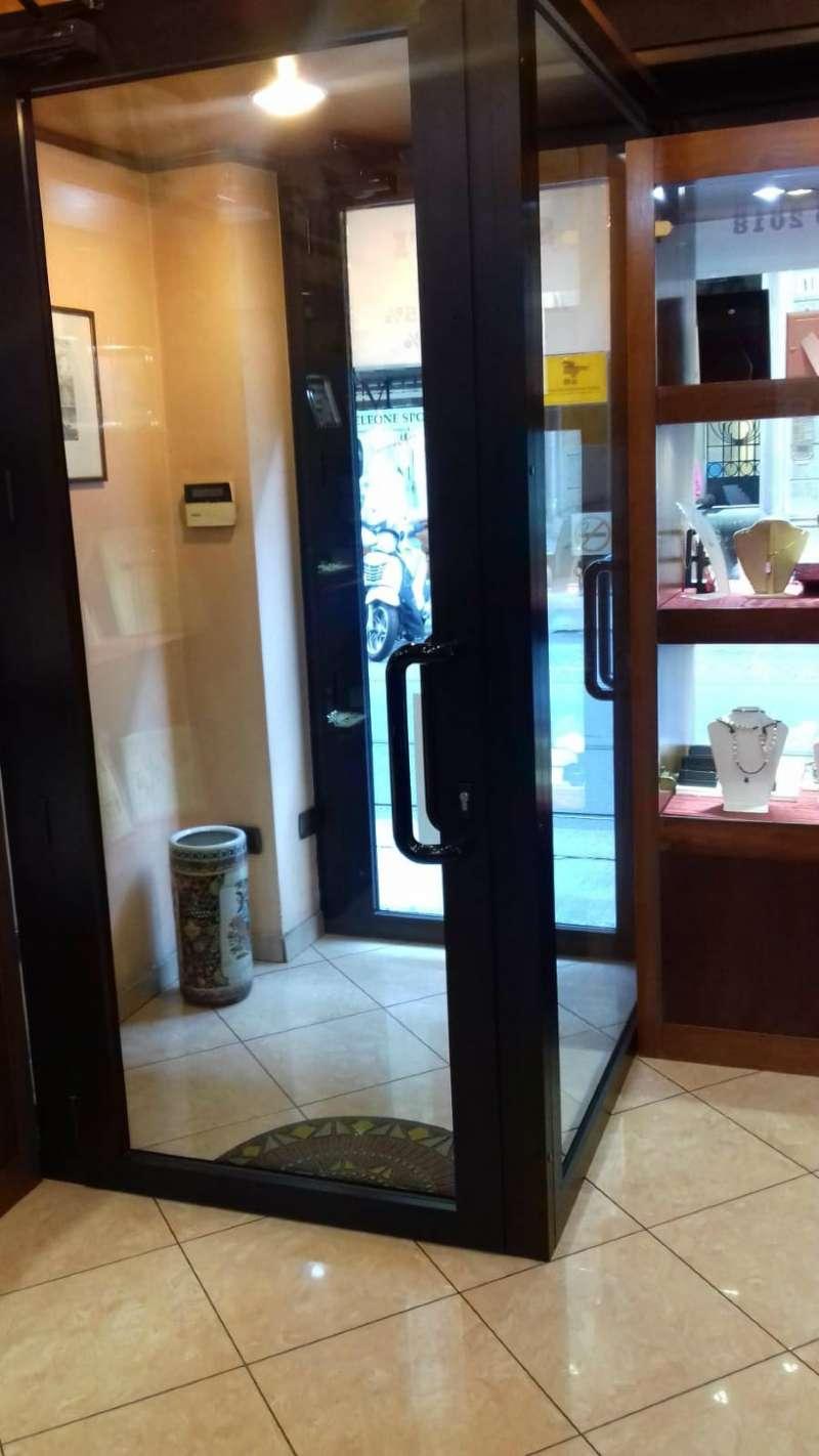 Negozio in vendita Zona Centro - via SAN SECONDO Torino
