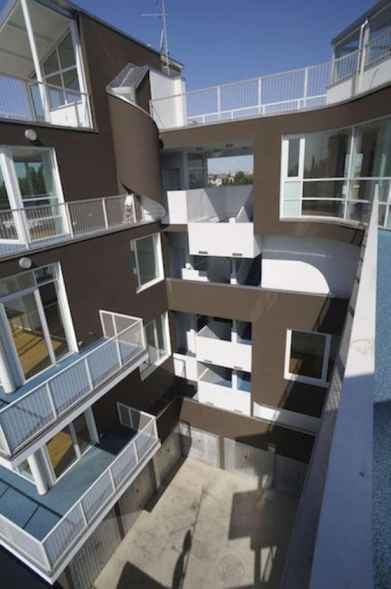 Palazzo / Stabile in vendita a Milano, 18 locali, zona Zona: 17 . Quarto Oggiaro, Villapizzone, Certosa, Vialba, prezzo € 1.580.000 | Cambio Casa.it