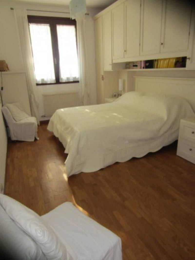Bilocale Casier Via Roma 10