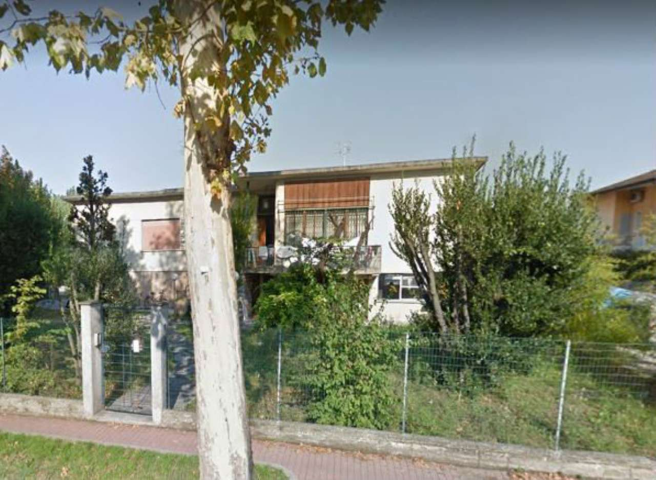 Foto 1 di Villa via Albona 1, Ravenna (zona Centro Storico)