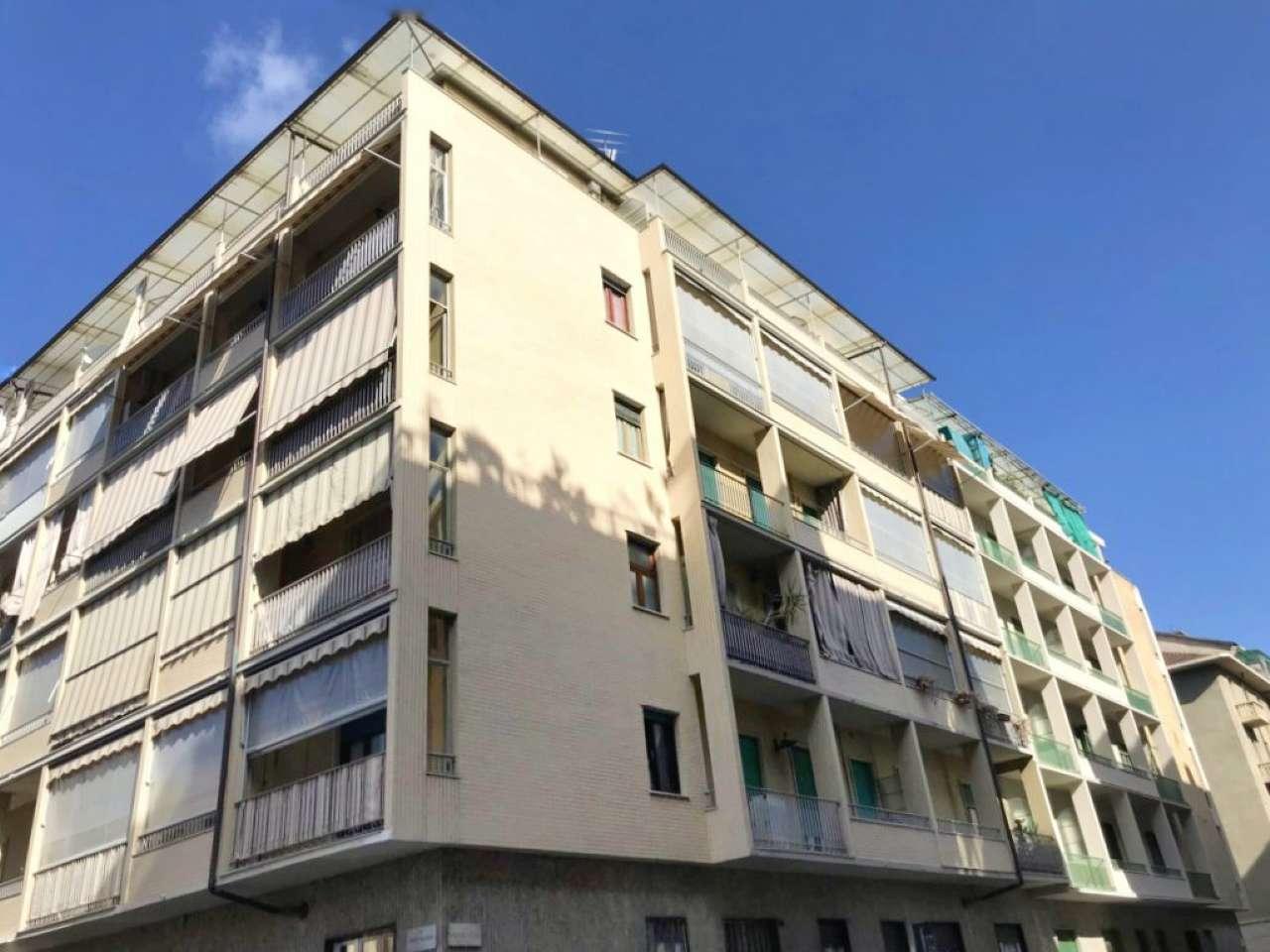 Foto 1 di Trilocale via Monte Rosa 105, Torino (zona Barriera Milano, Falchera, Barca-Bertolla)