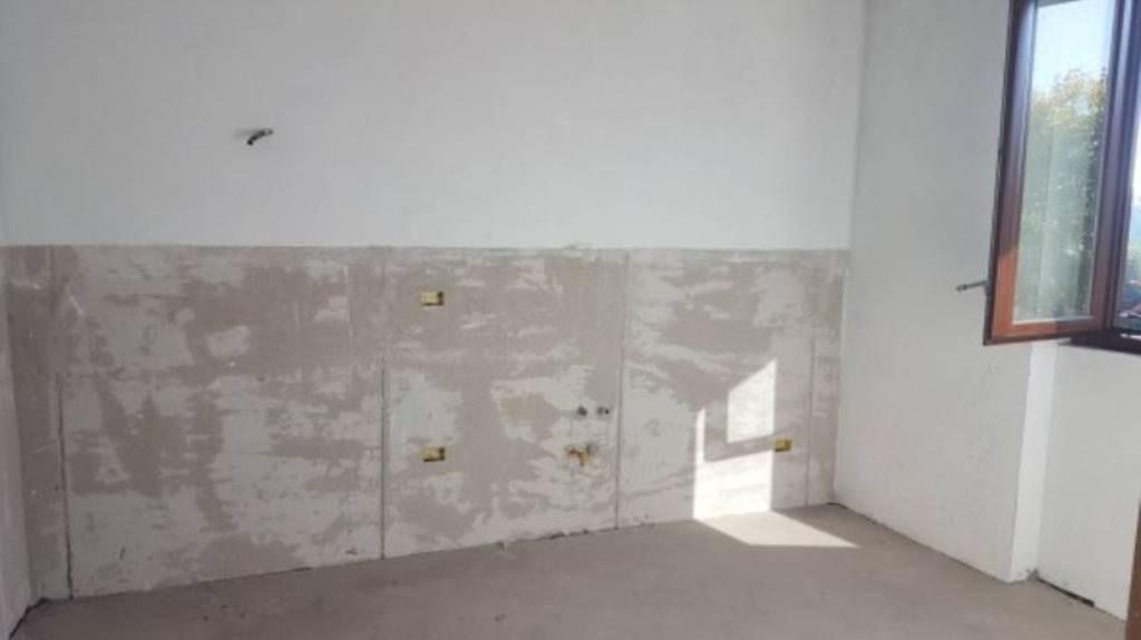 Appartamento in vendita a Fagnano Olona, 3 locali, prezzo € 180.000 | Cambio Casa.it