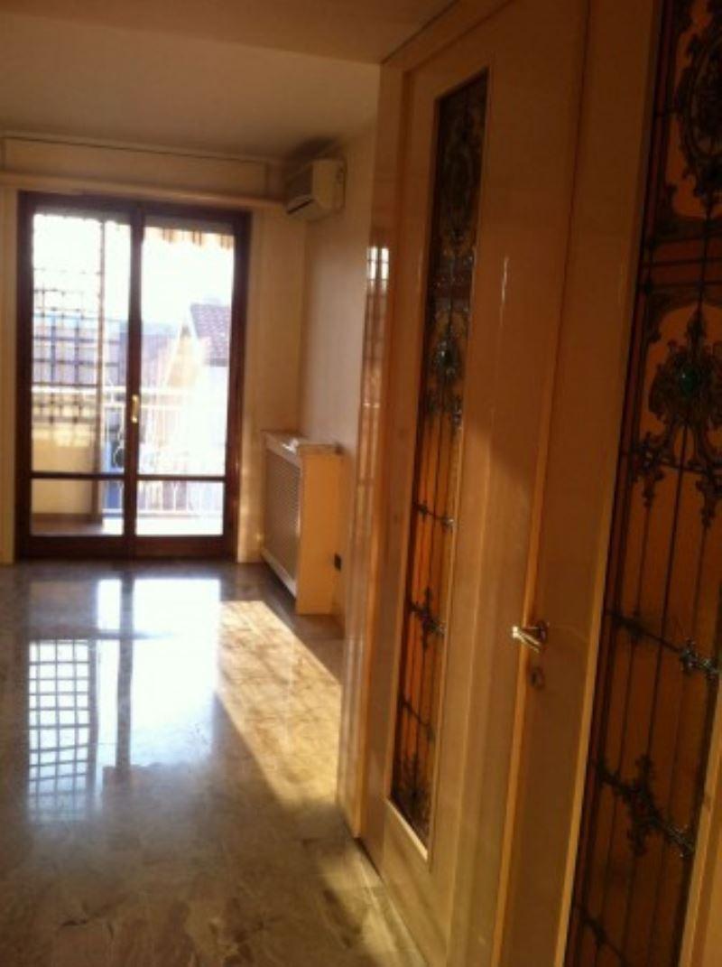 Appartamento in vendita a Gorla Minore, 2 locali, prezzo € 90.000 | Cambio Casa.it