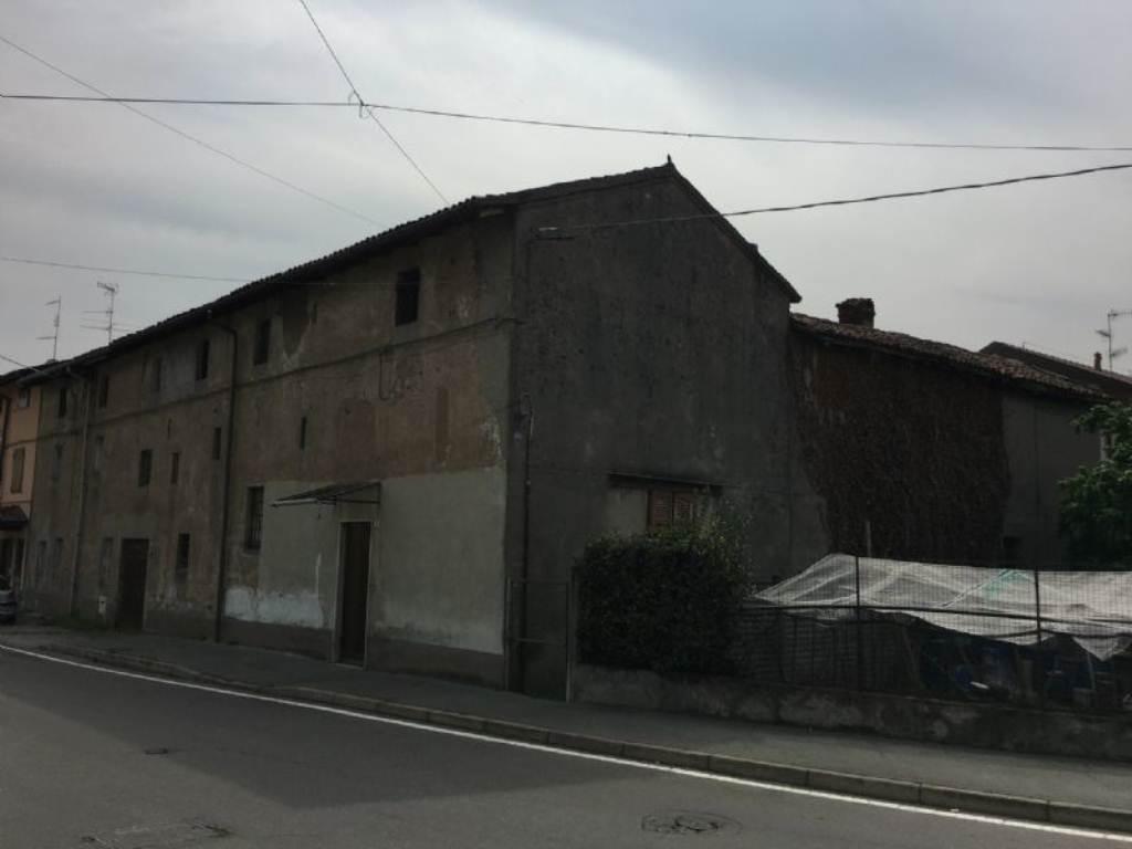 Rustico / Casale in vendita a Marnate, 5 locali, prezzo € 70.000 | Cambio Casa.it
