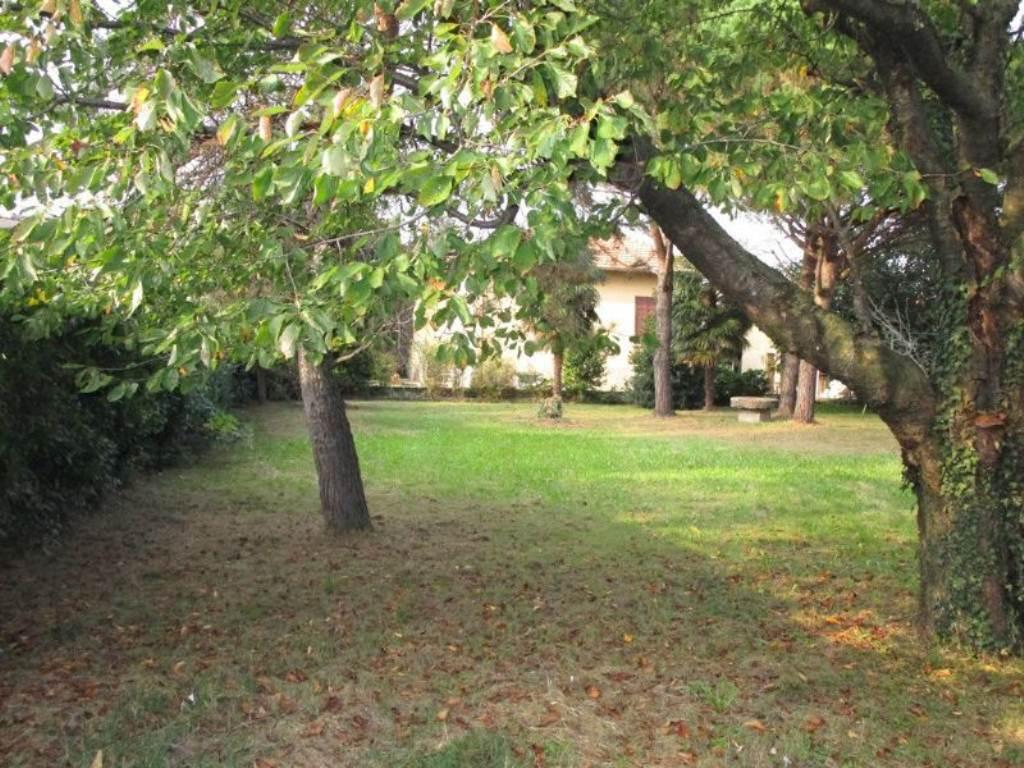 Soluzione Indipendente in vendita a Gorla Minore, 4 locali, prezzo € 250.000 | Cambio Casa.it