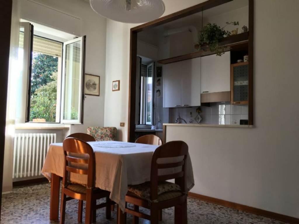 Appartamento in vendita a Gorla Maggiore, 2 locali, prezzo € 65.000 | Cambio Casa.it