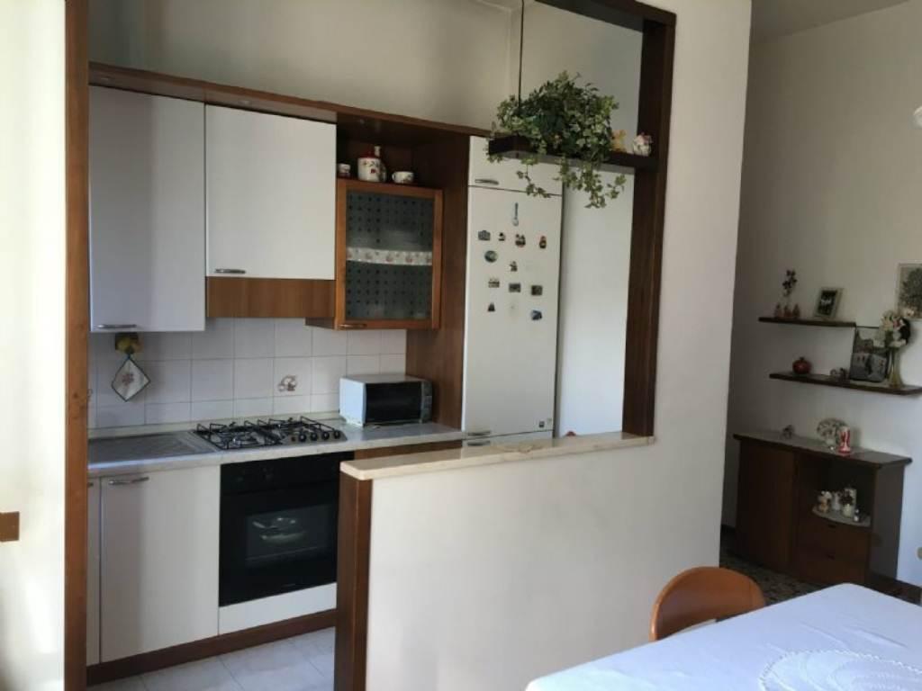 Appartamento in vendita a Gorla Maggiore, 2 locali, prezzo € 55.000 | CambioCasa.it