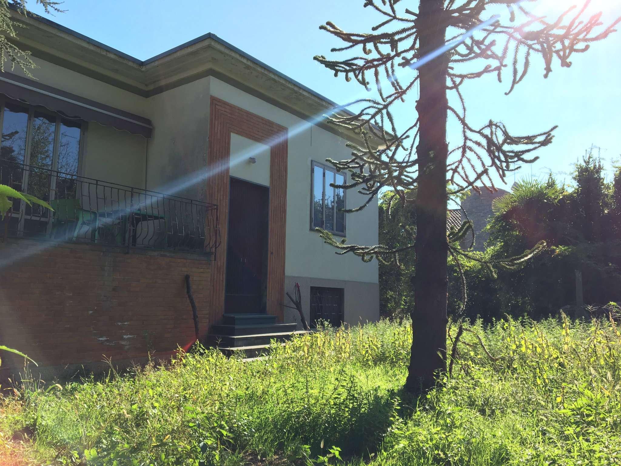 Soluzione Indipendente in vendita a Gorla Minore, 4 locali, prezzo € 235.000 | CambioCasa.it