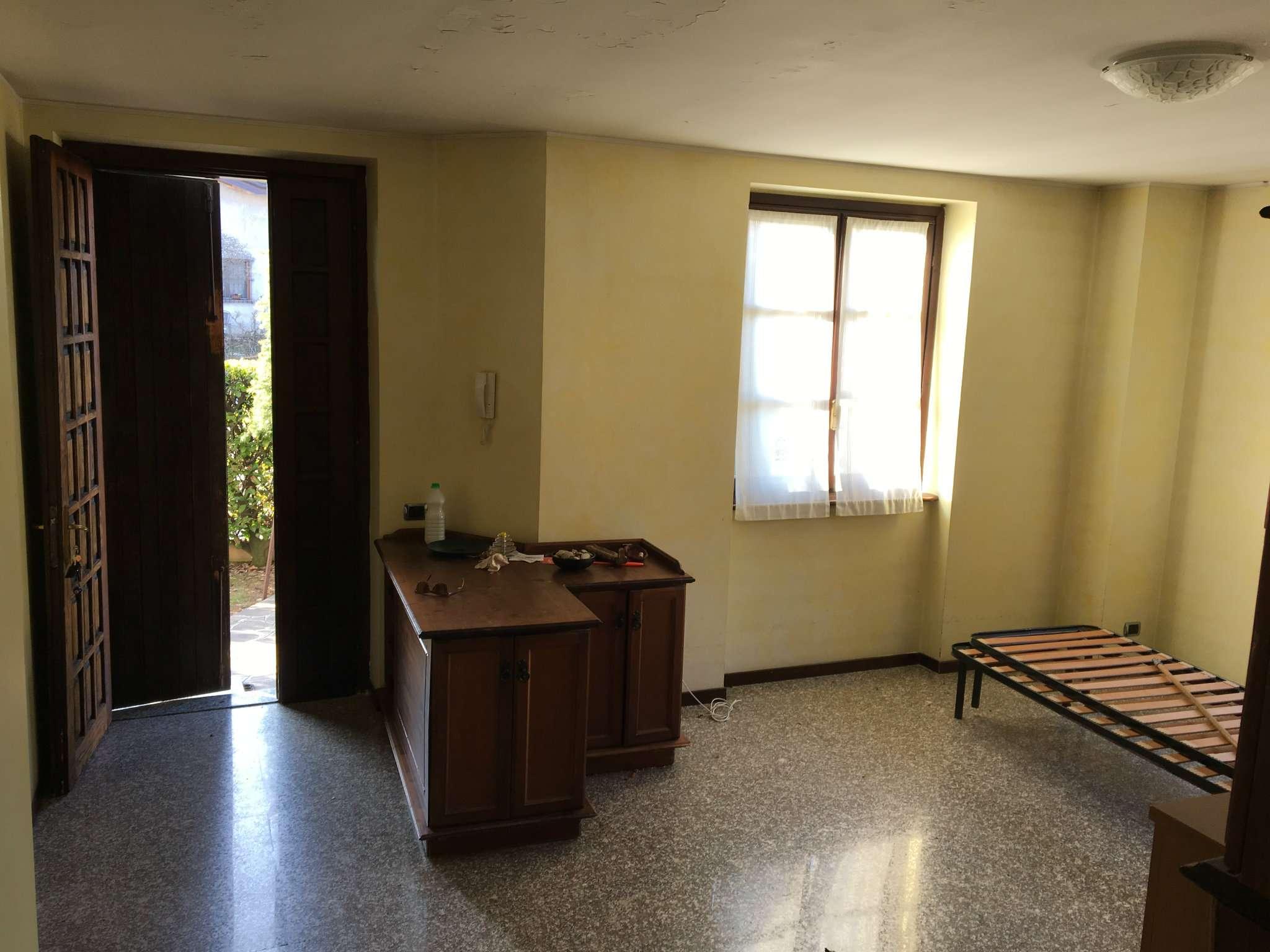 Villa in vendita a Mozzate, 4 locali, prezzo € 270.000 | Cambio Casa.it