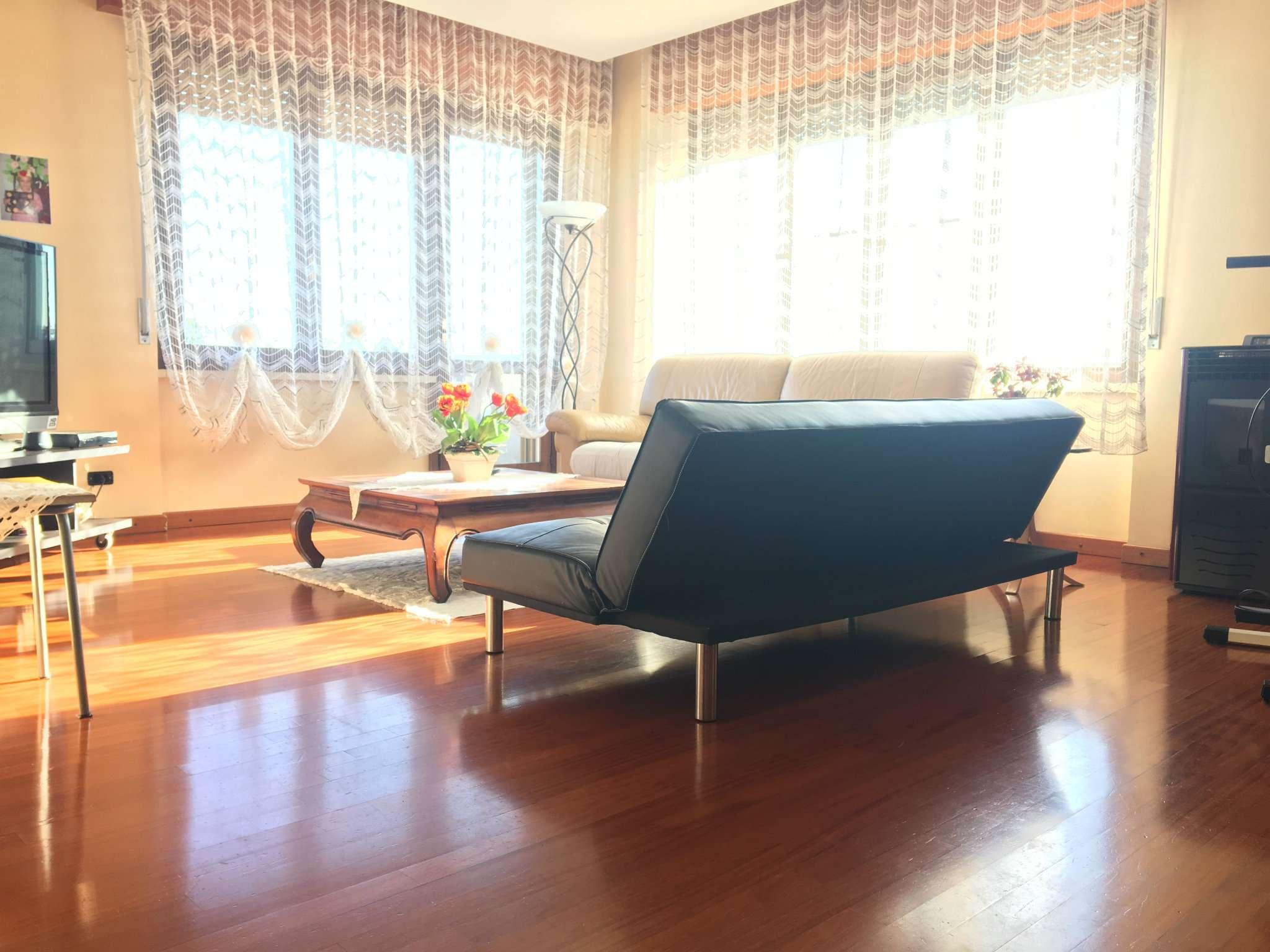 Appartamento in vendita a Gorla Maggiore, 4 locali, prezzo € 105.000 | Cambio Casa.it