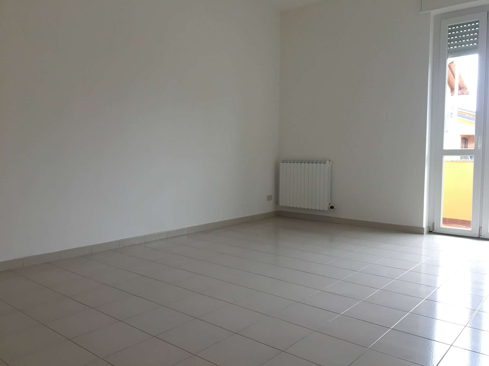 Appartamento in vendita a Gorla Maggiore, 3 locali, prezzo € 160.000 | CambioCasa.it