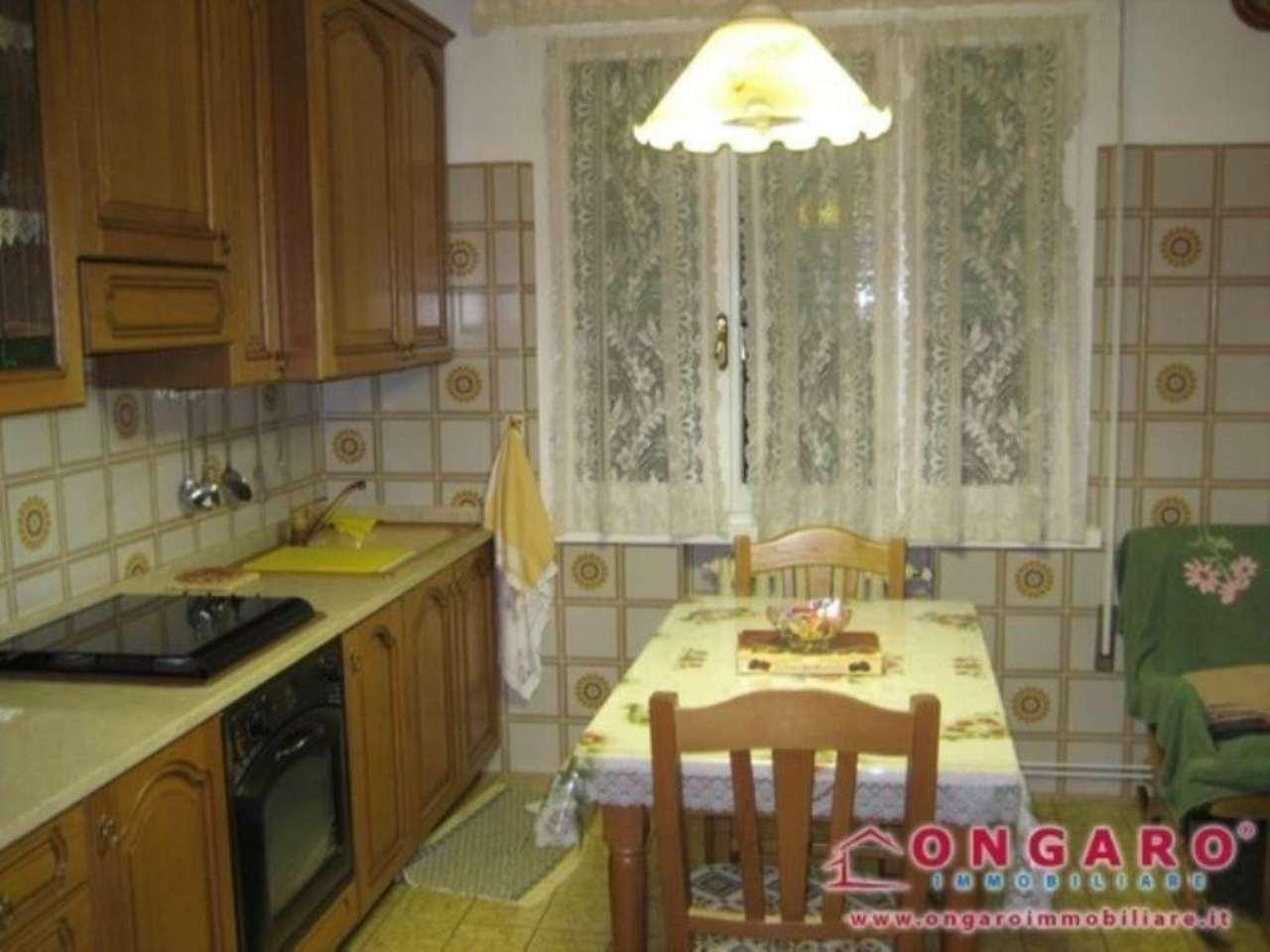 Appartamento in vendita a Copparo, 4 locali, prezzo € 45.000 | Cambio Casa.it