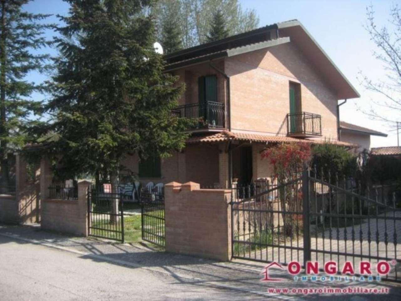 Soluzione Indipendente in vendita a Copparo, 9999 locali, prezzo € 200.000 | Cambio Casa.it