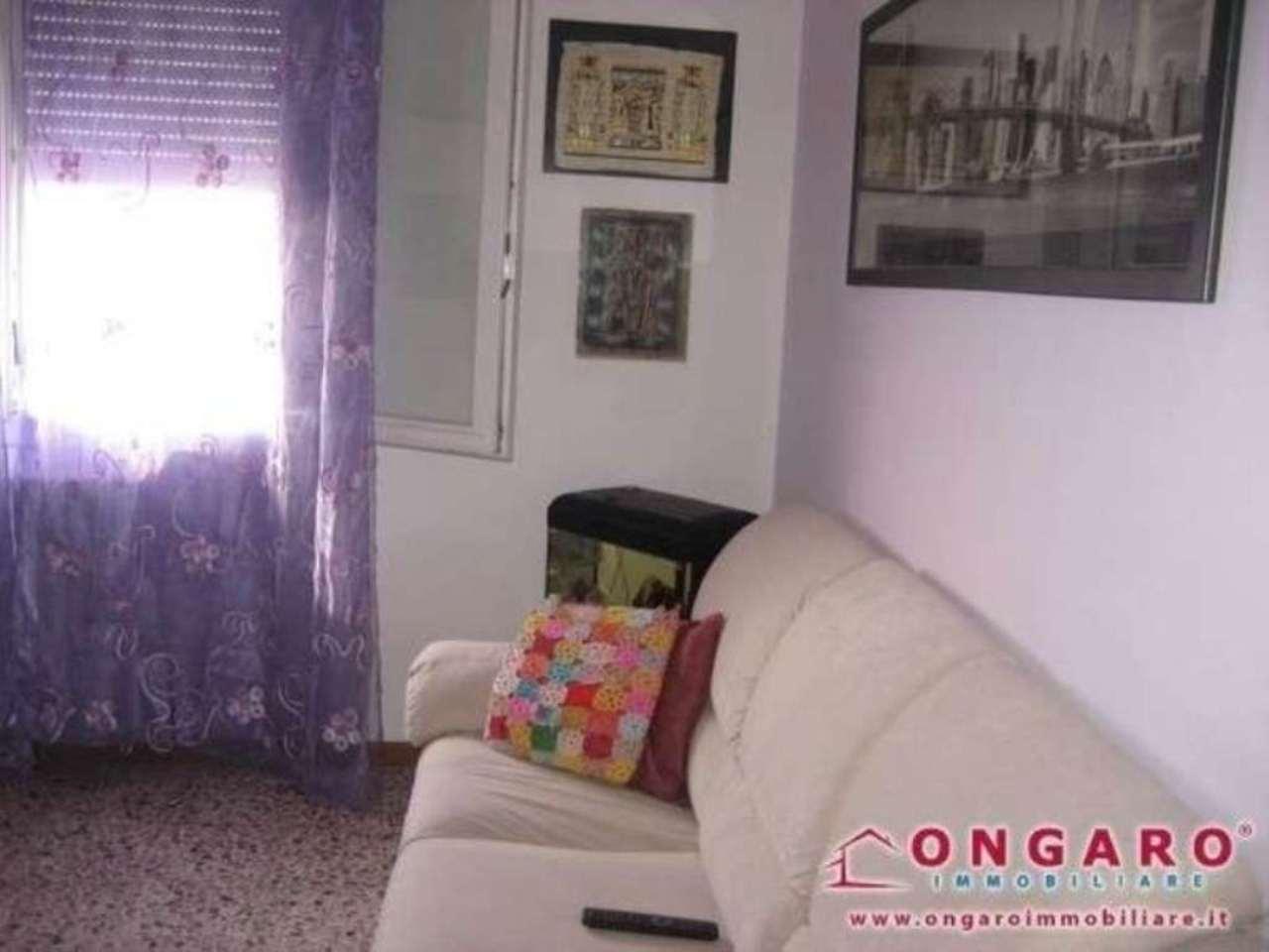 Soluzione Indipendente in vendita a Copparo, 4 locali, prezzo € 85.000 | Cambio Casa.it