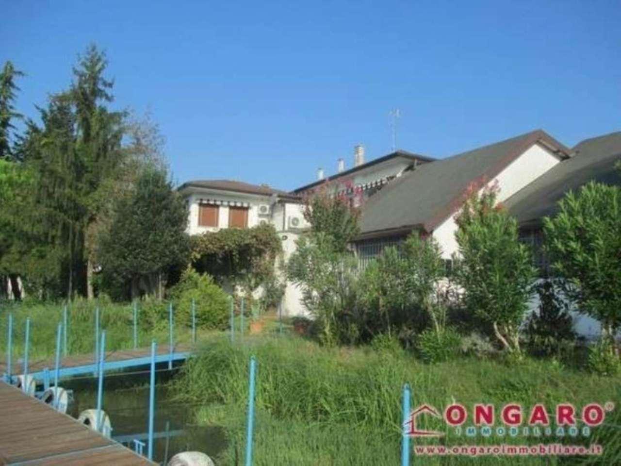 Soluzione Indipendente in vendita a Copparo, 6 locali, prezzo € 170.000 | Cambio Casa.it