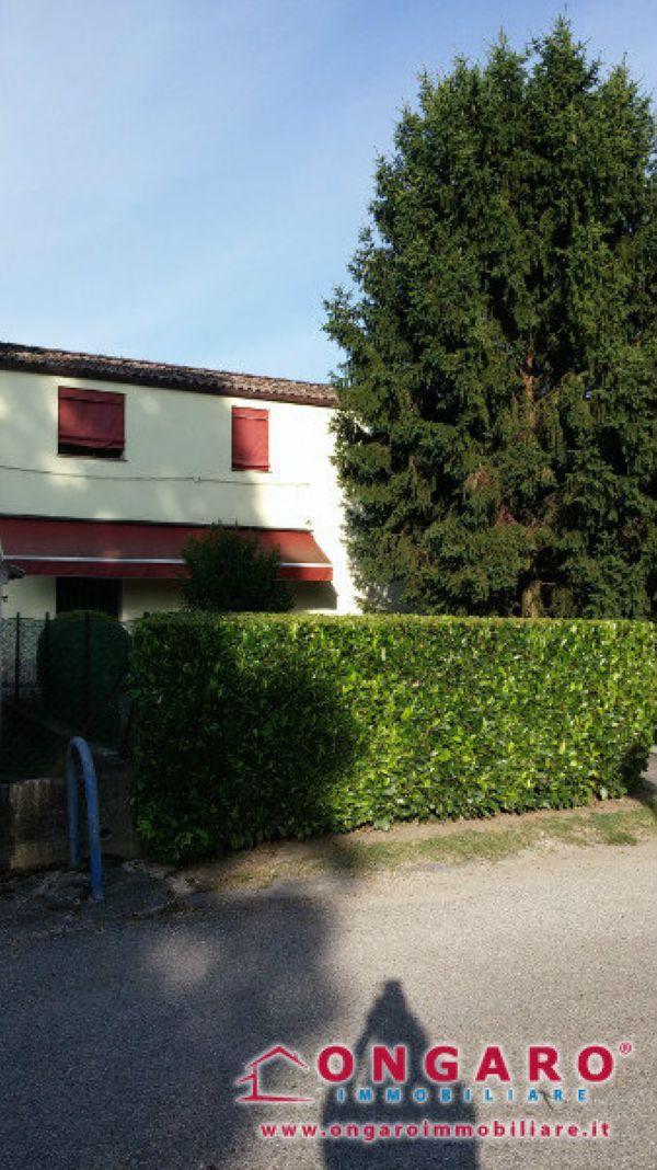 Soluzione Indipendente in vendita a Copparo, 8 locali, prezzo € 145.000 | Cambio Casa.it