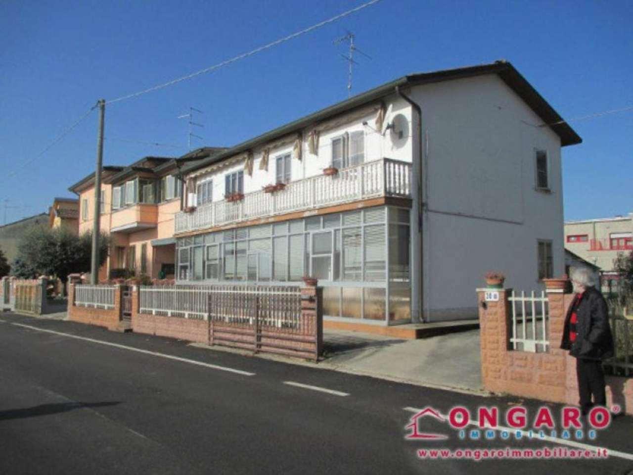 Soluzione Indipendente in vendita a Copparo, 9 locali, prezzo € 160.000   Cambio Casa.it