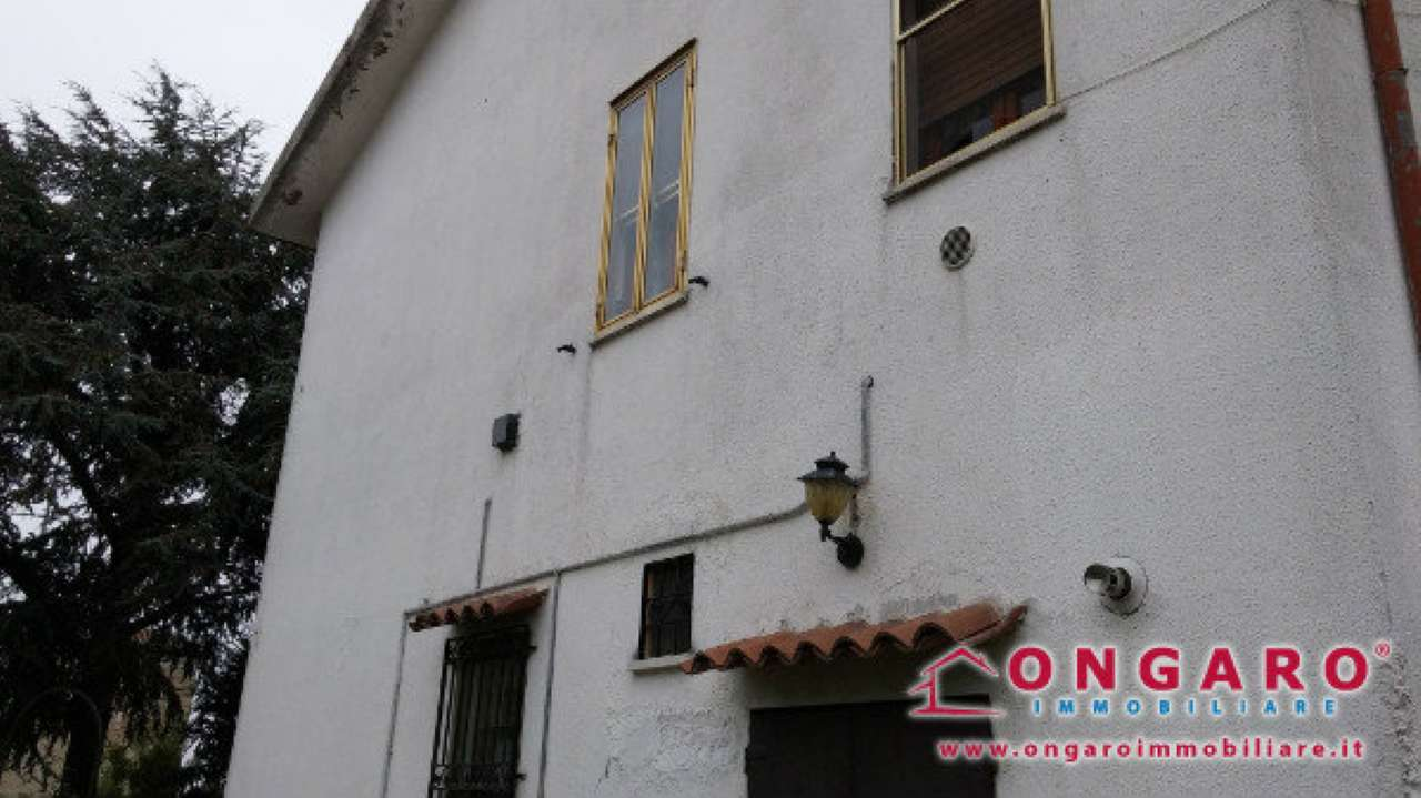 Soluzione Indipendente in vendita a Copparo, 10 locali, prezzo € 120.000 | Cambio Casa.it