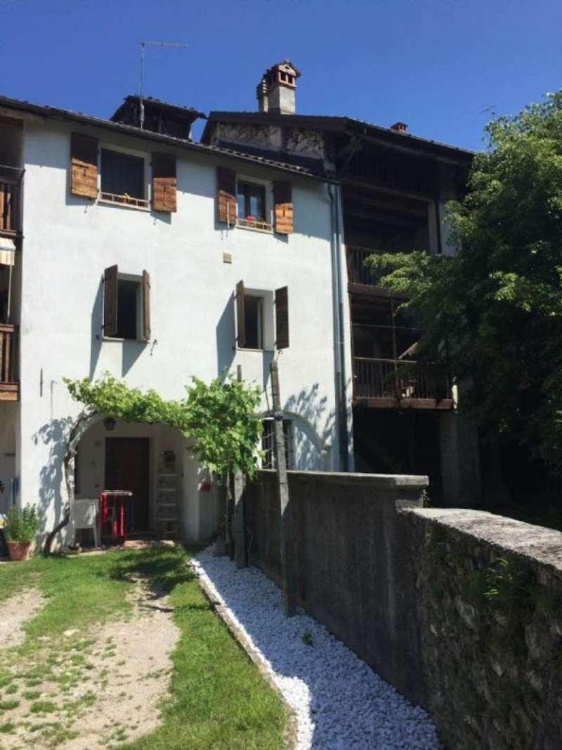 Soluzione Semindipendente in vendita a Feltre, 10 locali, prezzo € 63.000 | Cambio Casa.it
