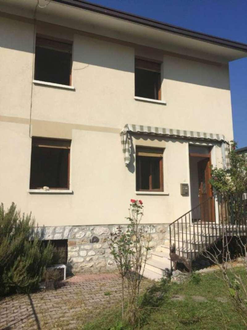 Soluzione Indipendente in vendita a Lentiai, 8 locali, prezzo € 88.000 | Cambio Casa.it