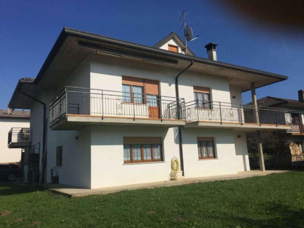 Villa in vendita a Trichiana, 10 locali, prezzo € 290.000 | Cambio Casa.it