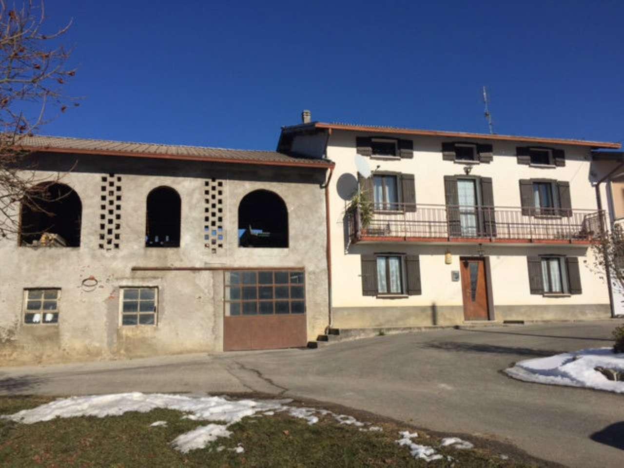 Soluzione Indipendente in vendita a Limana, 12 locali, prezzo € 169.000 | Cambio Casa.it
