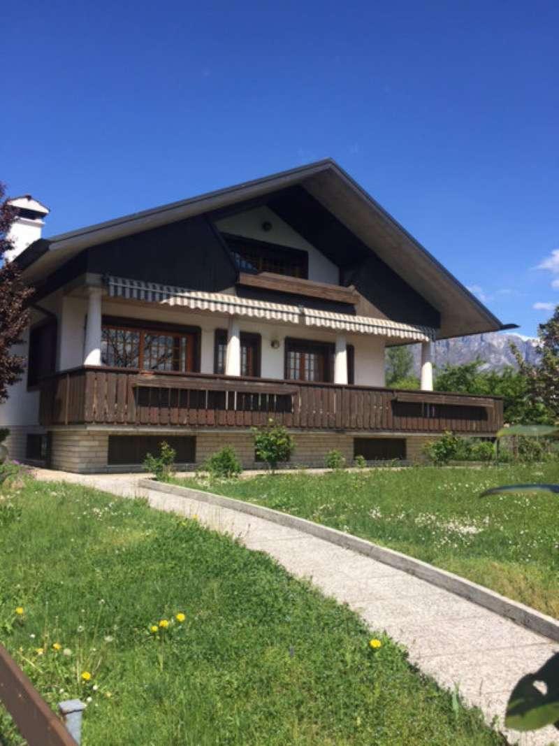 Villa in vendita a Sedico, 20 locali, prezzo € 390.000 | CambioCasa.it