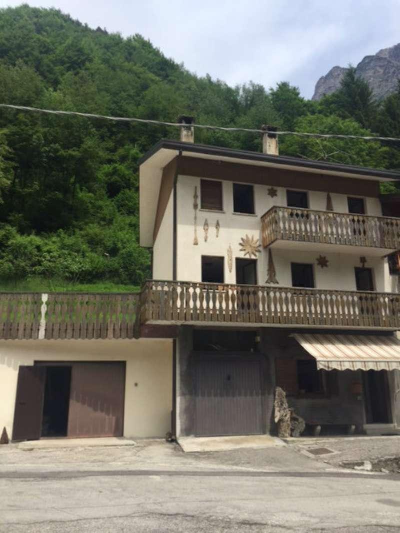 Soluzione Indipendente in vendita a Ospitale di Cadore, 10 locali, prezzo € 63.000 | Cambio Casa.it