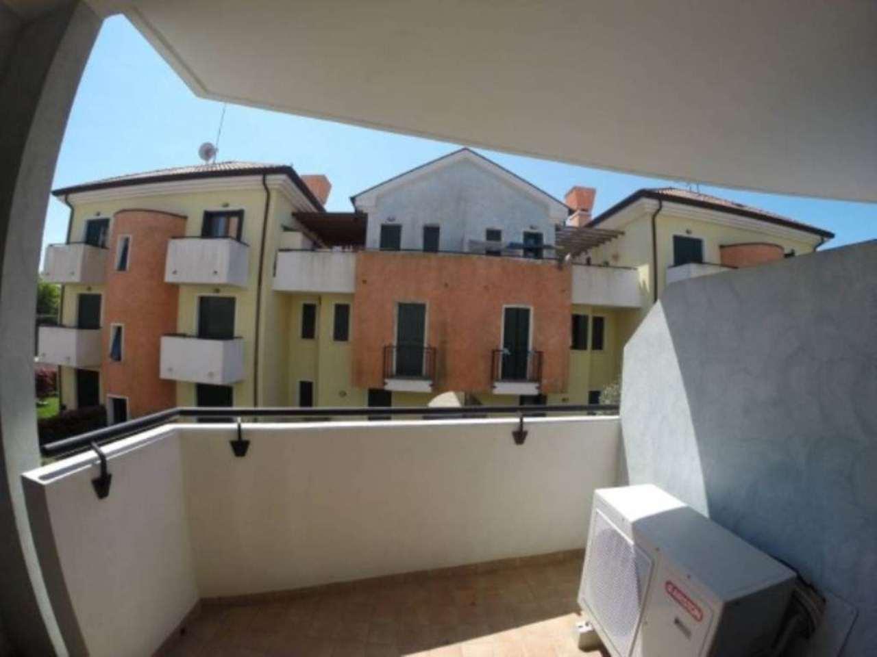 Palazzo / Stabile in Vendita a Cavallino-Treporti