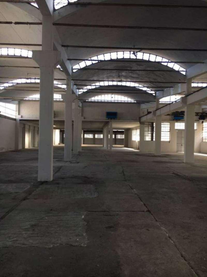 Capannone in vendita a Torino, 3 locali, zona Zona: 13 . Borgo Vittoria, Madonna di Campagna, Barriera di Lanzo, Trattative riservate | Cambio Casa.it