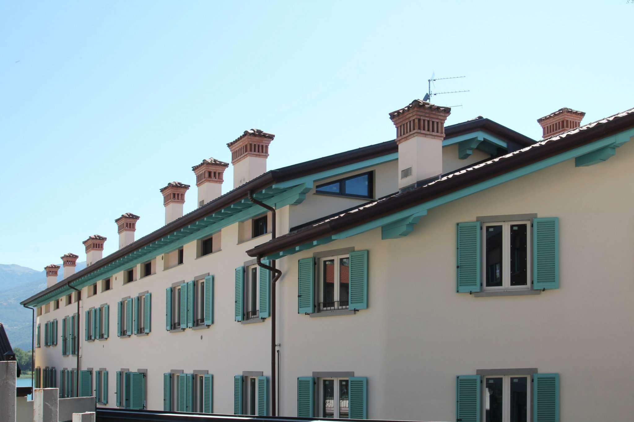 Appartamento in vendita a Lovere, 4 locali, prezzo € 460.000 | Cambio Casa.it