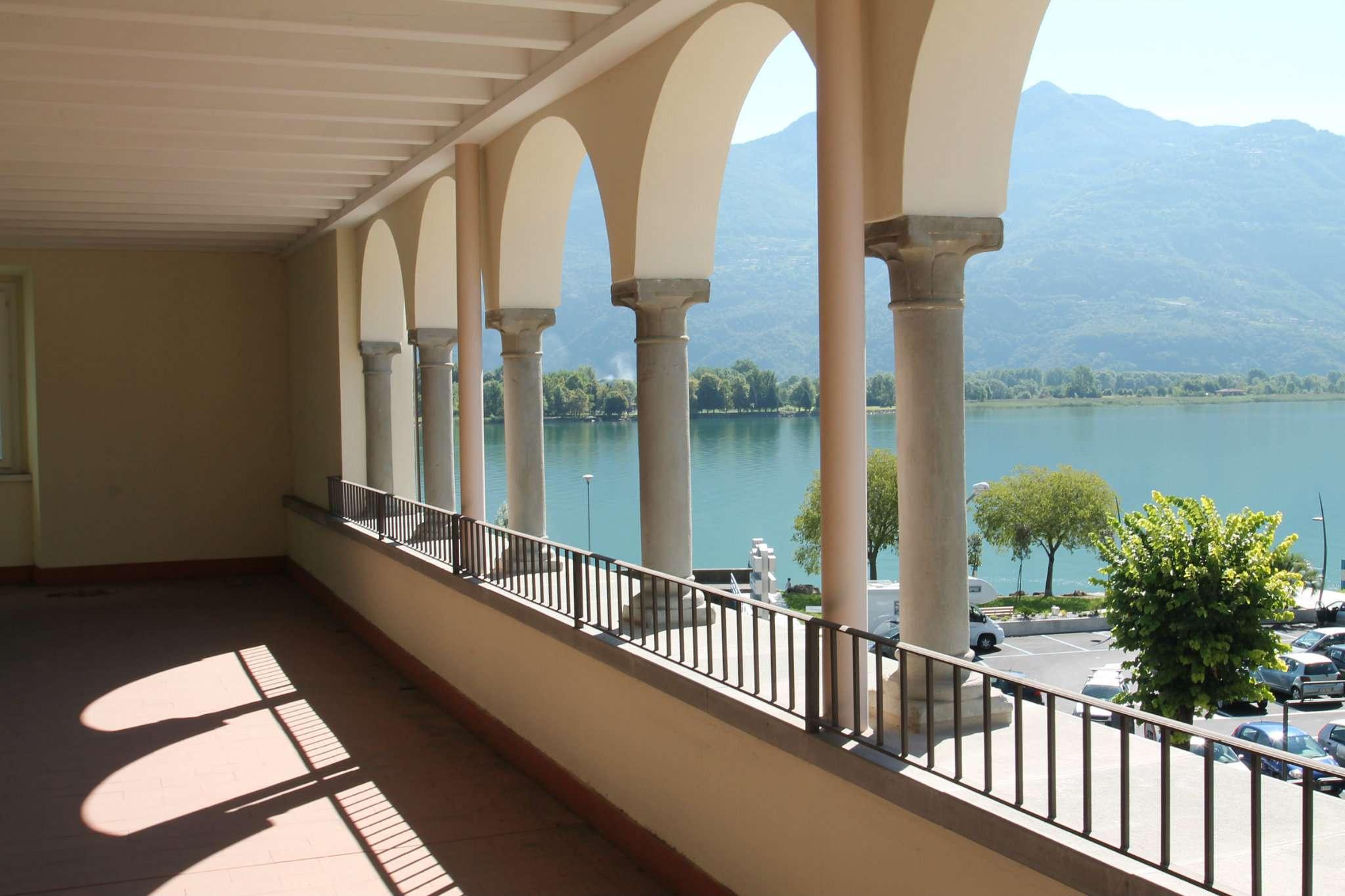 Appartamento in vendita a Lovere, 2 locali, prezzo € 220.000 | CambioCasa.it
